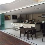 Envidraçamento de espaço gourmet com o Masterglass System